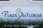 Plaza De Flores community sign